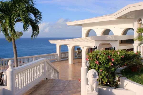 lil taj by sea st thomas rental review wraparound porch